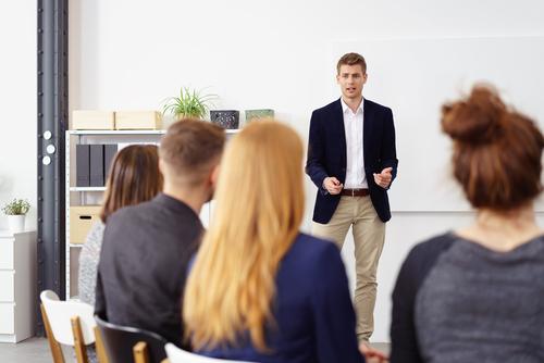 講師と距離がグッと近づく、オンライン英会話での会話術1:プレッシャー対処法