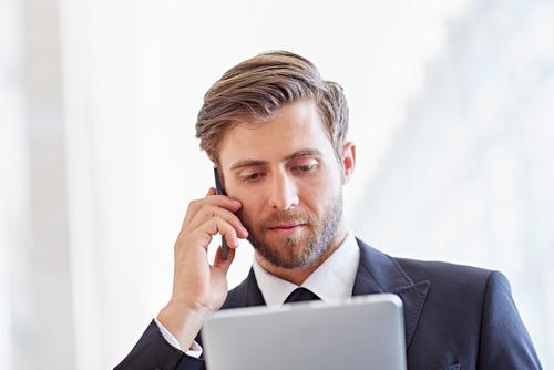 ビジネスで、英語で電話対応する時