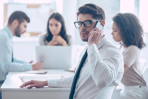 ビジネスの英語での電話対応「受ける」時│用件、取次ぎ、伝言、留守電