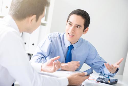 ビジネスの場で、英語で上手に意見を伝える方法