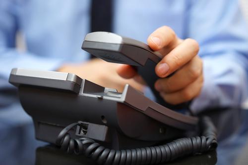 英語での問い合わせ(電話)で使えるネイティブの英語表現