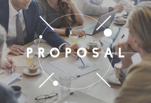 ビジネス現場で重宝される4つの「提案」表現の例文と、その周辺フレーズを網羅する英語例文集