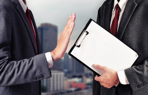 交渉で異論を唱える、条件を拒否する:合意できないことを伝える英語表現