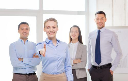 ビジネスを成功に導く自己紹介のコツとネイティブ講師の英語例文