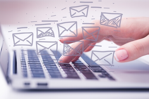 英語メールで依頼したり、お願いごとをする時に便利なフォーマット
