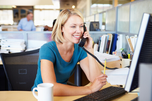ビジネス英語:電話のフレーズと例文