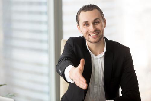 ビジネス英語:挨拶や自己紹介関連フレーズと例文