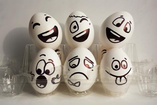 感情の表現一覧とビジネス英語フレーズ12選:主語の選び方で、伝わり方が変わる!