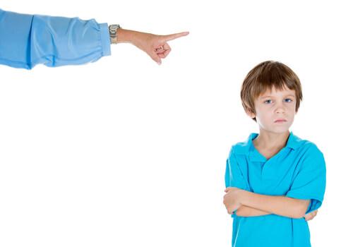その他、叱る、しつけ関連の子育て英語表現