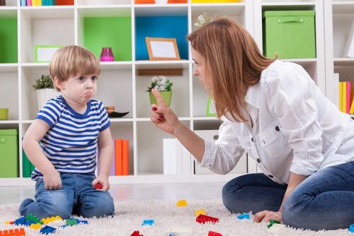 幼児、小学生のしつけ:叱る、注意する時の英語フレーズ