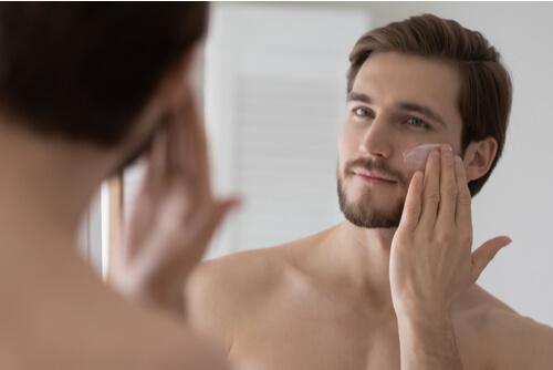 コロナ禍のビデオ会議の増加で、男性化粧品の消費が拡大:ビジネス英語の「伝える」スキル