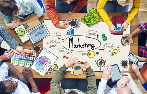 オンライン英会話で学ぶ、マーケティングとイメージ戦略についての英語例文