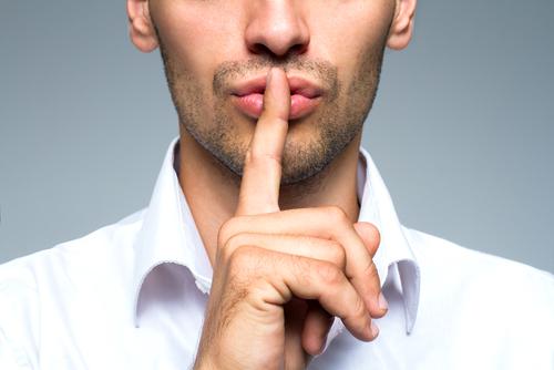 オンライン英会話でネイティブ講師と議論。なぜタックスヘイブンの制度があるのか。
