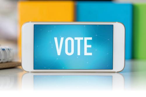 オンライン英会話での、主な論点4│投票でのスマートフォンやインターネットの利用について