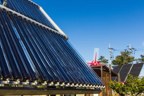 新たなエネルギー源開発投資について英語で議論